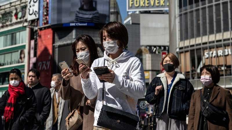 โควิด-19 ระบาดหนักในญี่ปุ่น มีผู้ป่วยแตะถึง 5000 คน เหตุเพราะยังมีคนออกนอกบ้าน