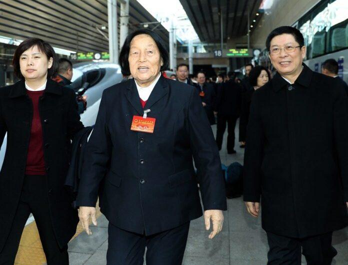 สิ้นลมแล้ว เซินจี้หลาน สมาชิกนิติบัญญัติจีนผู้มีอายุงานสูงสุด